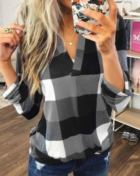 Casual V-neck European style plaid shirt for women
