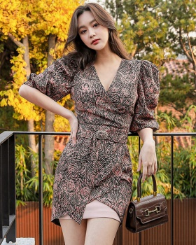 Pinched waist V-neck fashion printing slim Korean style dress