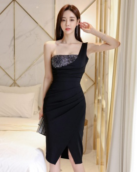 Korean style wrapped chest package hip shoulder dress