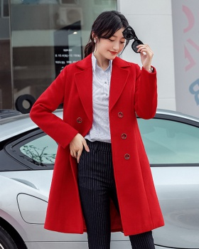 Fashionable overcoat business suit for women