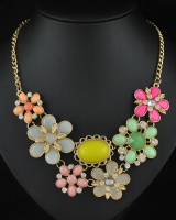 Colorful formal dress clavicle necklace for women