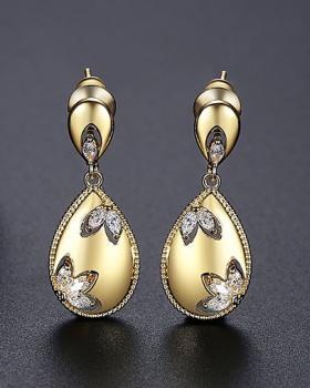 Gold drops of water earrings temperament stud earrings