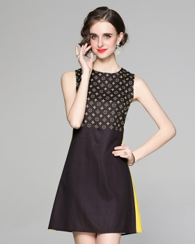 Fashion pinched waist printing vest slim all-match dress