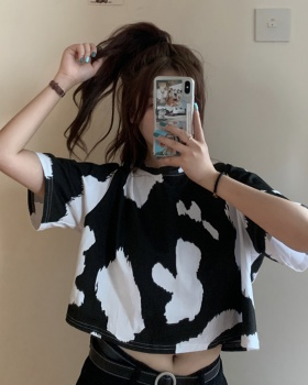 Personality Korean style dairy cow printing T-shirt