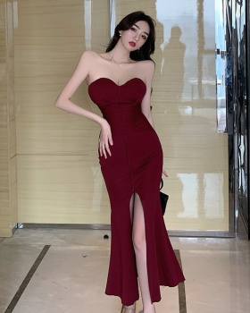 Sexy bottoming wrapped chest fold long slim dress