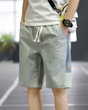 Summer loose sandy beach shorts Casual run pants for men