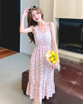 Summer low-cut sexy halter floral maiden long strap dress