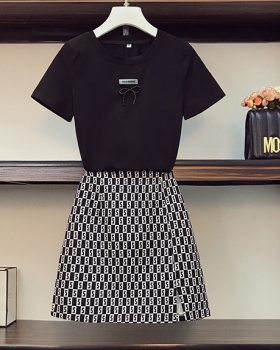 Enlarge fashion fat sister short sleeve skirt 2pcs set