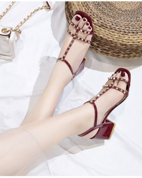 Korean style middle-heel sandals fashion shoes for women