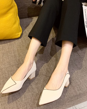 Pure autumn Korean style pointed low thick shoes for women