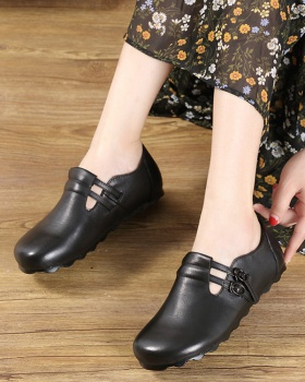 Spring flat round low retro belt buckle Korean style shoes