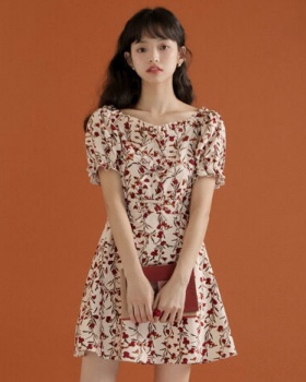 Slim puff sleeve France style floral maiden summer dress