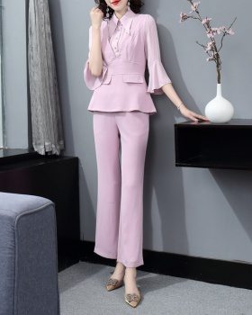 Fashion and elegant business suit a set for women