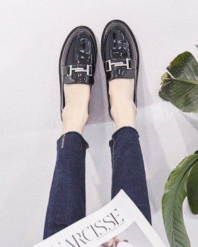Flat leather shoes loafers for women