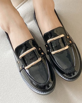 Flat autumn loafers conventional leather shoes for women