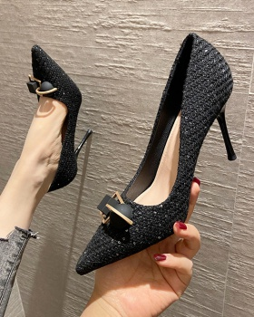 Black France style high-heeled shoes low shoes