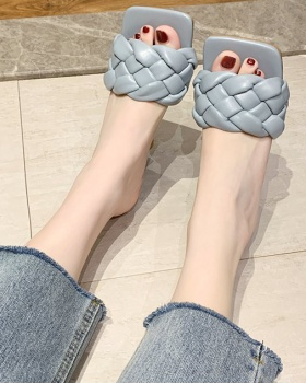 Middle-heel Korean style weave square head fashion slippers
