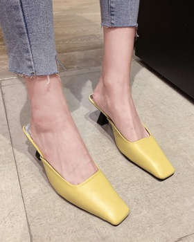 Korean style summer square head fashion slippers for women
