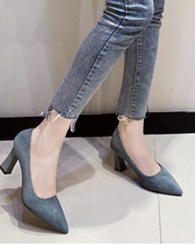 Pointed fashion shoes broadcloth low high-heeled shoes