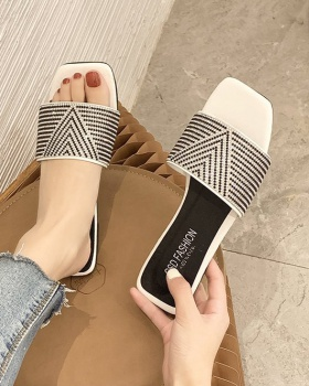 Square head fish mouth summer flat slippers for women