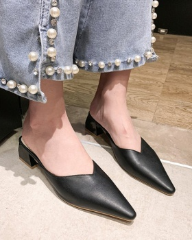 Korean style middle-heel pointed slippers for women